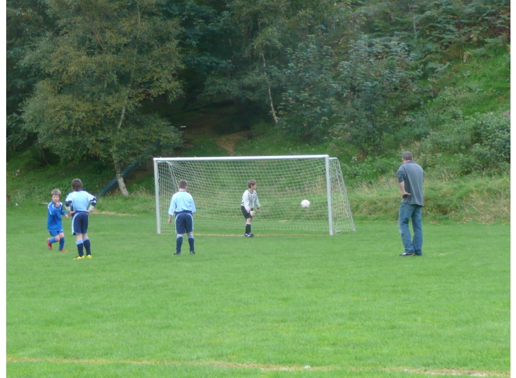 Harley scores from the penalty spot.