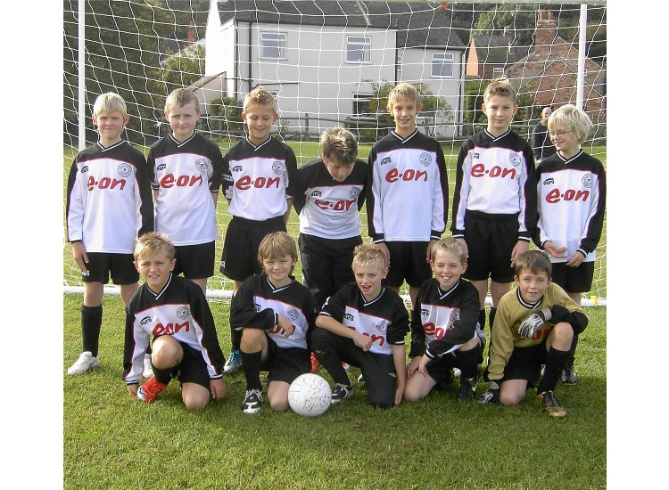 The u12 team squad  2009/10