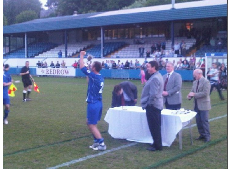 Captain Mark Morris lifts The Welsh League Cup 25/05/2010