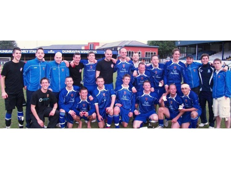 The victorious Welsh league Cup Winning Squad @ Brewery Field 25/05/2010