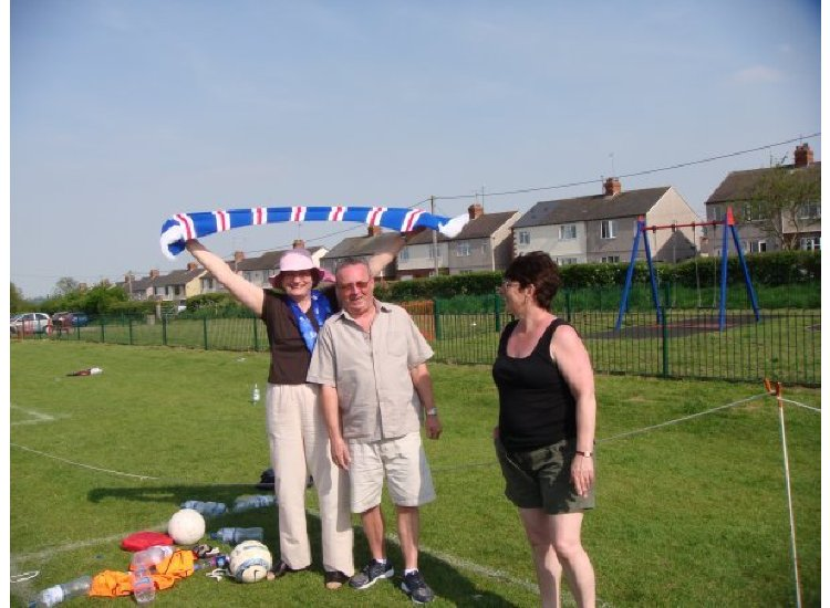 Cup Final 08 - Not So Junior Fans