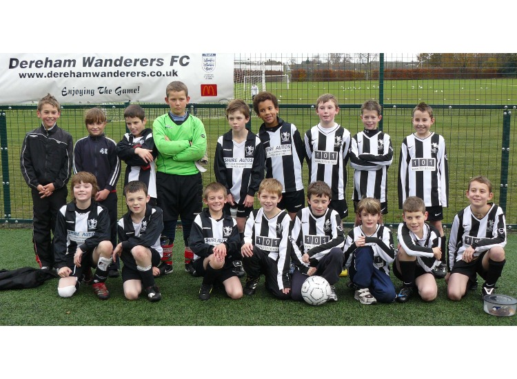 U10 White and Blacks together