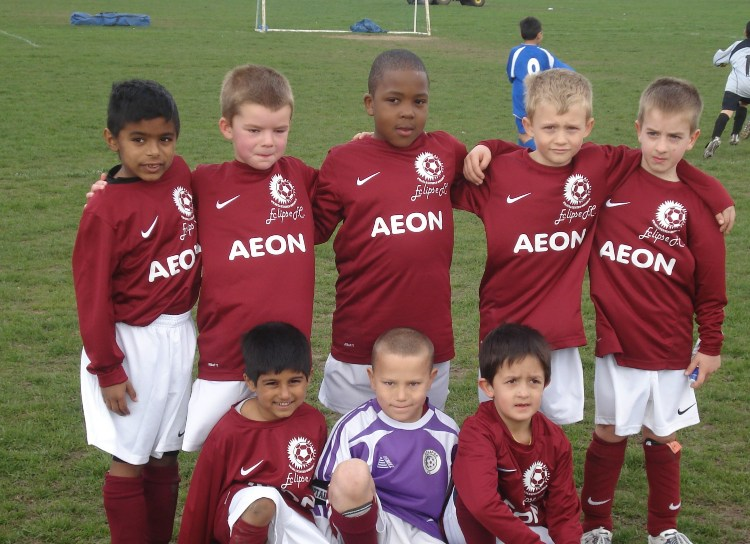 Under 7s in April 2010 with their new kits sponsored by AEON