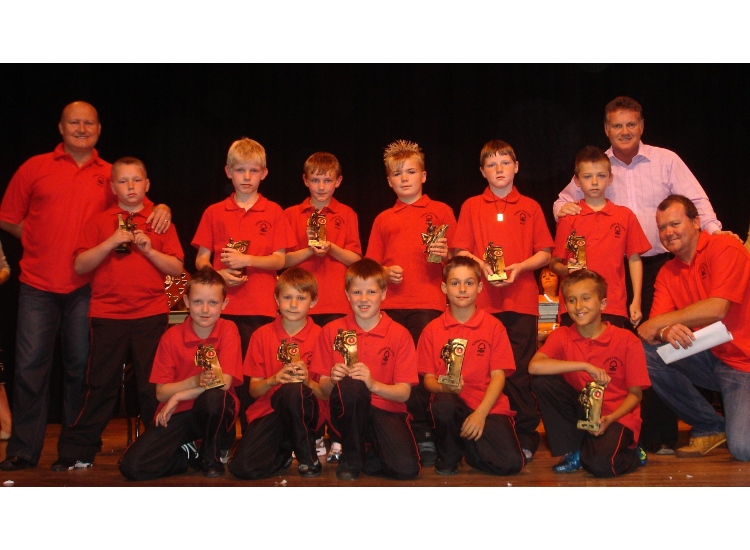 Forest Falcons 2008/2009 with Andy Sinton