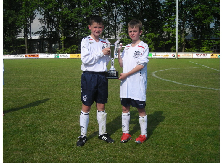 Kieron & Luke with the trophy