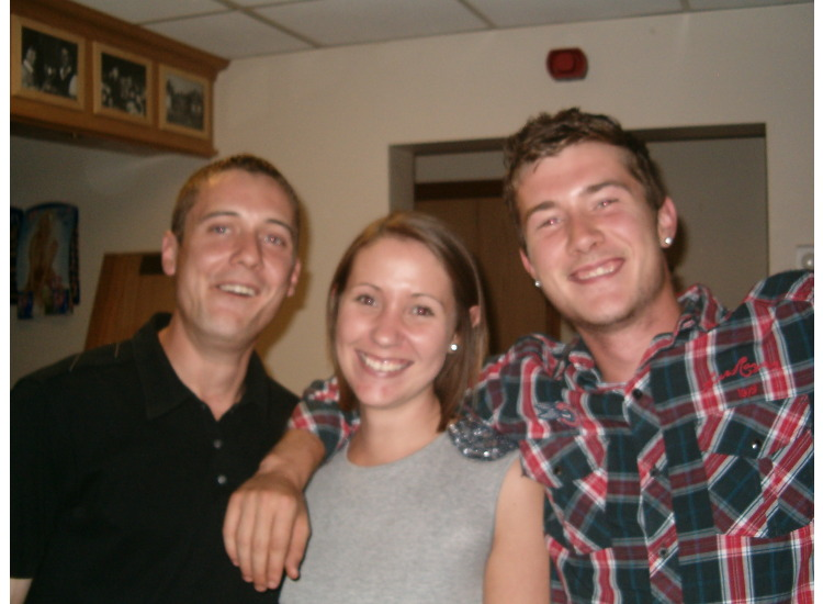 Quiz winners Martyn & Mel Button with Jack Williams