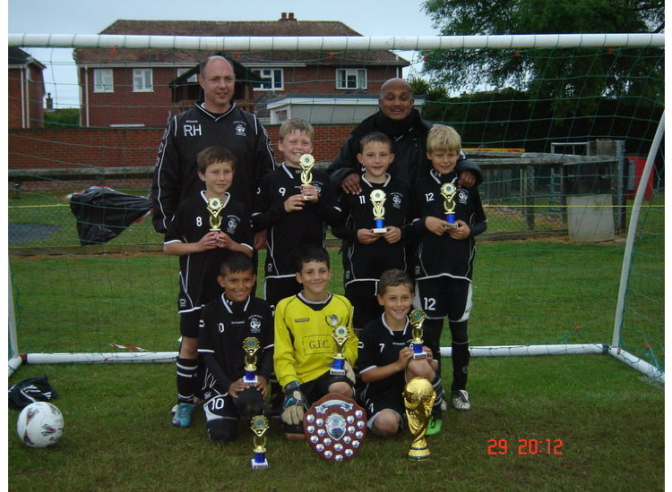 ****  2010/11 Everton 6 a side Champions  ****